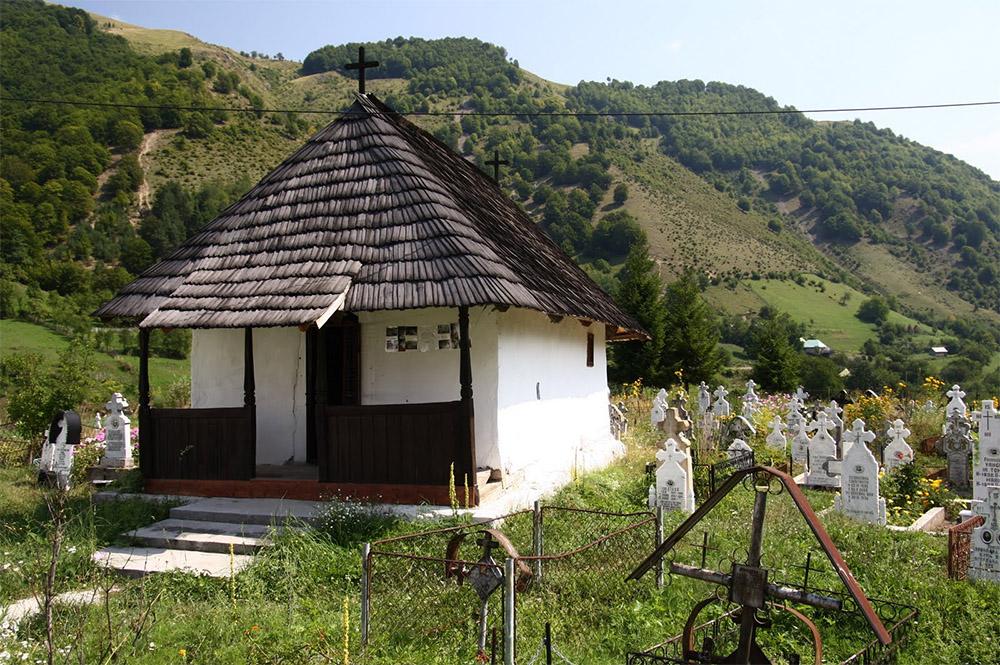 www.casabucureasa.ro - atractii turistice - ciunget - valcea